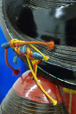 2011年京都芸大作品展・漆芸科部門に展示された、モンゴル系中国人留学生Sさんの漆芸作品の部分