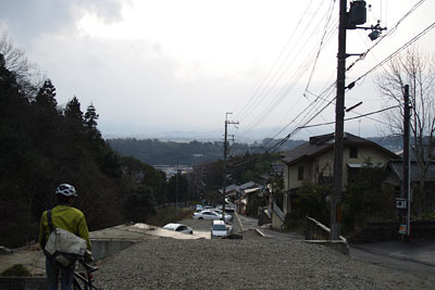 京都市東部・如意ヶ嶽麓の鹿ケ谷谷口から見た京都市街の夕景