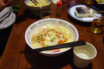 混麺会(ちゃんぽん食事会)の調理担当者M君の活躍により完成した手づくり自家製の長崎ちゃんぽん