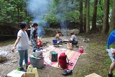 催事(本人)「渓流でのバーベキュー,燻製,スモーク,水浴び,沢遊び,淵に浸かる」