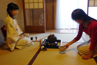 催事(本人)「茶会,茶懐石,薄茶点前,茶碗の受け取り」