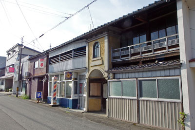 福井県東部・旧大野城下の寺町地区外れの古い飲食店街の跡