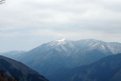 皆子山から見た晩冬の武奈ヶ岳