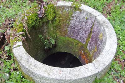 葦谷砲台内の井筒状遺構