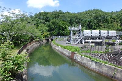 京都市街東部・山科盆地における琵琶湖疏水の西端部