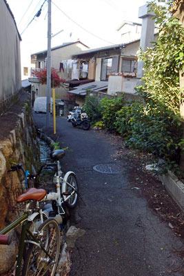 京都・三条通一筋下の古道