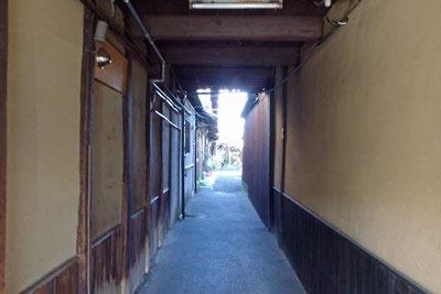 京都・五条坂のやきもの路地