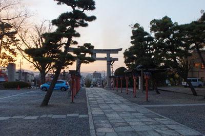 大和大路に面する豊国神社からみた京都市街の夕景