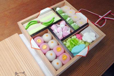 京都の老舗和菓子店、亀末廣の和干菓子詰合せ「京のよすが」