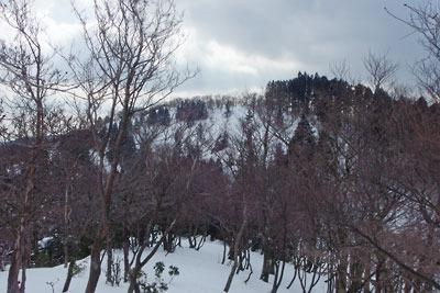 雲取山後峰から見た、京都・雲取山北峰