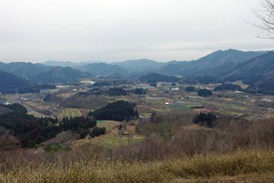 京都唯一の火山「宝山(田倉山)」中腹より見た夜久野ヶ原東部