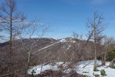 滋賀県比良山脈南部の権現山北方から見たホッケ山と蓬莱山