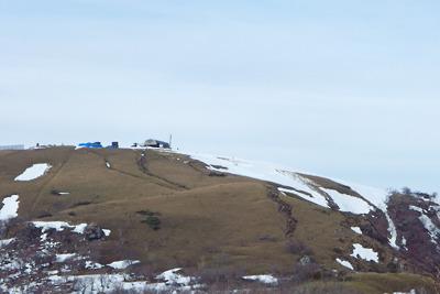 雪解け進む、滋賀県比良山脈の蓬莱山山頂