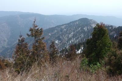 滋賀県西北・武奈ヶ嶽南から見た赤岩山