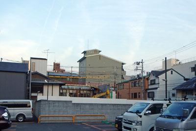 京都寺町の鳩居堂工房ビルと本店の解体現場