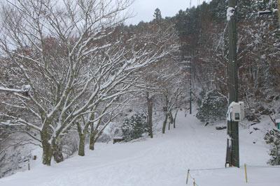 ケーブル比叡駅付近の積雪と冬景色