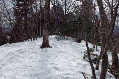 雪深い京都・雲取山山頂