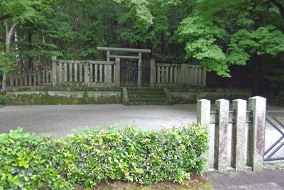 京都市山科区北部、安祥寺山麓にある後山階陵