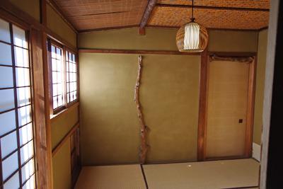 奈良・大和郡山洞泉寺遊郭跡の公開妓楼「町家物語館(旧川本楼)」の1階右奥の茶室