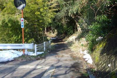 関ヶ原玉地区の西外れに残る廃路と化した北国脇往還道
